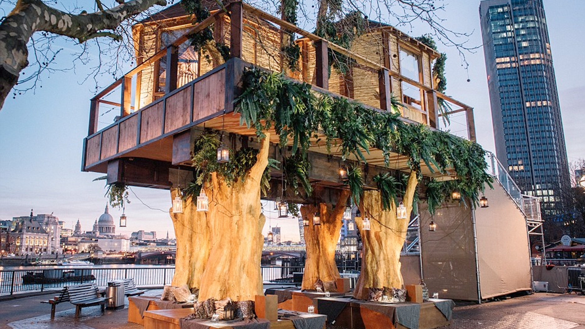 The 35 foot high luxury treehouse was inspired by the Lion Sands Game Reserve treehouse accommodation in South Africa.