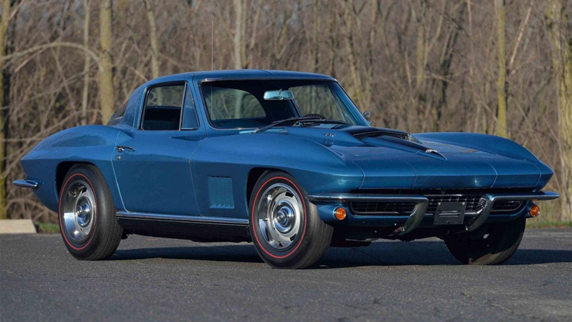 Vietnam veteran's 1967 Corvette sells for $675,000   Fox News