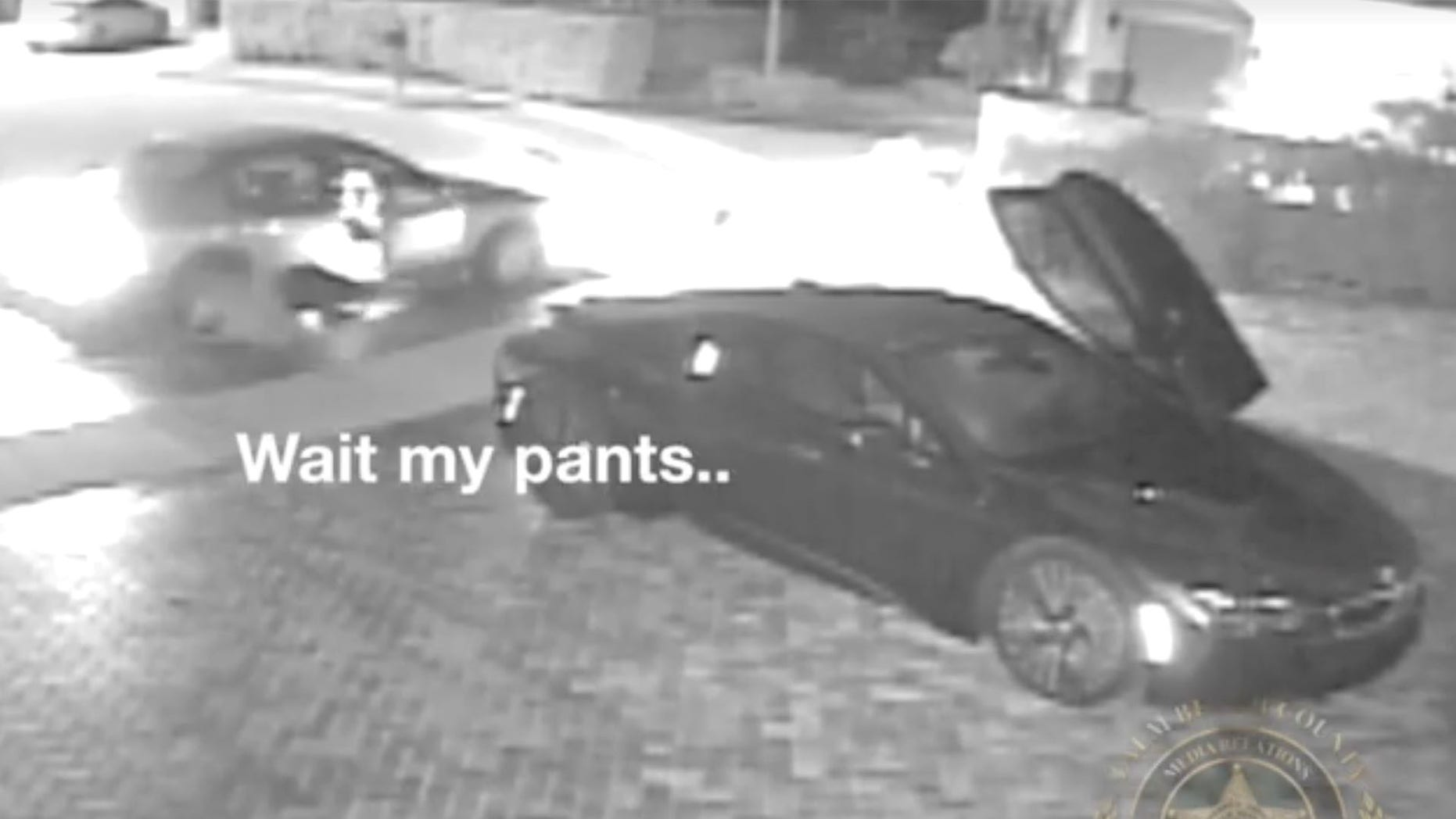 Watch Clumsy Florida Thief Loses Pants While Breaking Into Vehicle