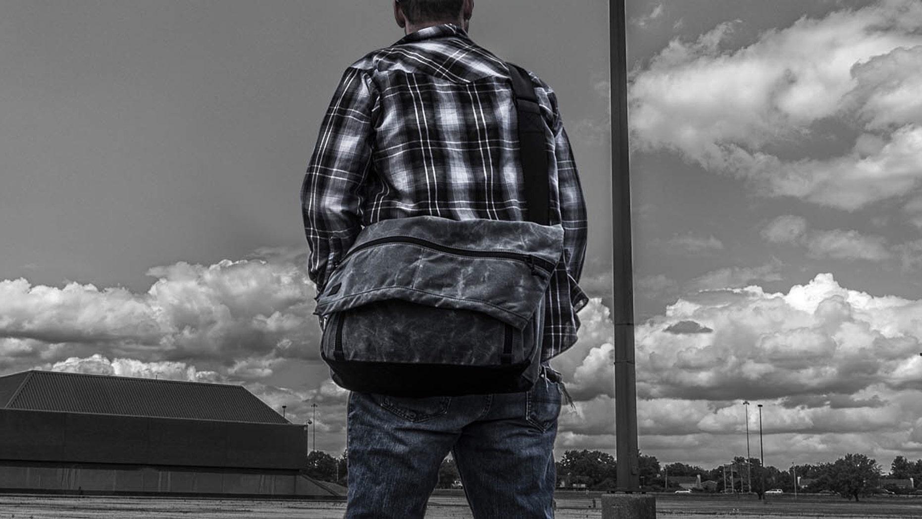 Grey Ghost Wanderer messenger bag (Grey Ghost).