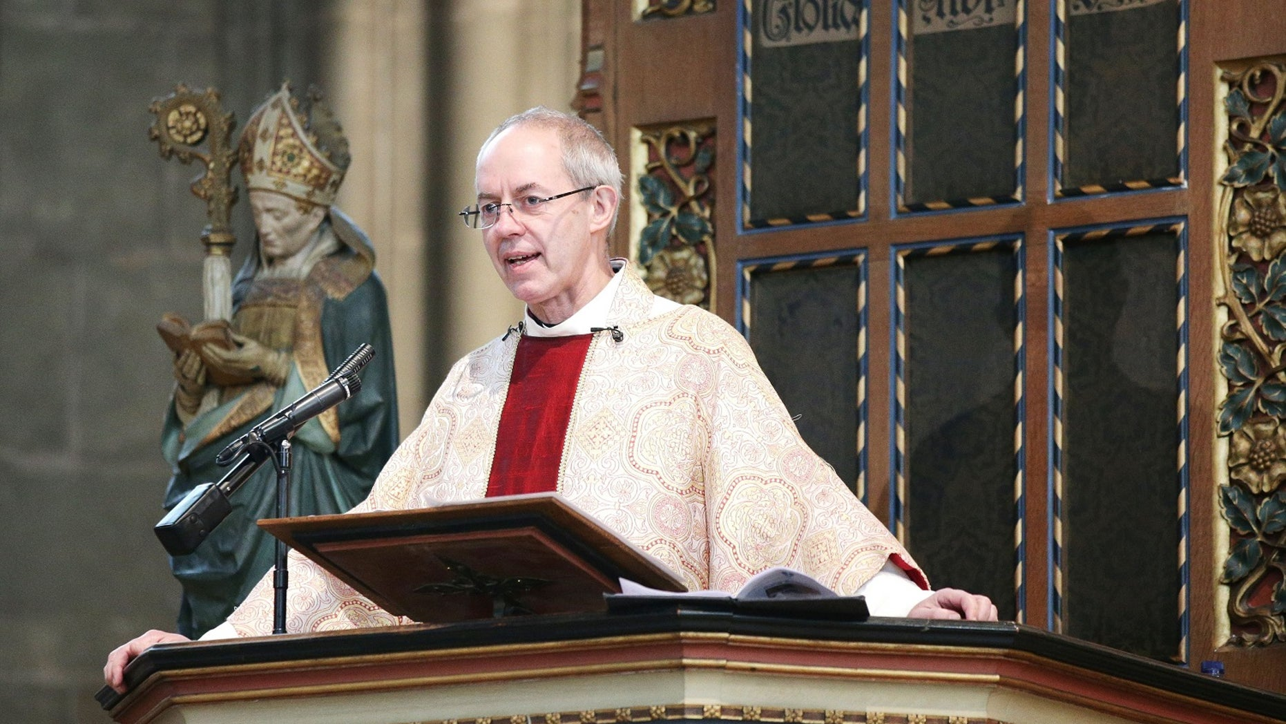 The Archbishop of Canterbury the Most Reverend Justin Welby delivers his Christmas day Sermon during the Christmas day service at Canterbury Cathedral in Kent. PRESS ASSOCIATION Photo. Picture date: Friday December 25, 2015. See PA story XMAS Archbishop. Photo credit should read: Yui Mok/PA Wire