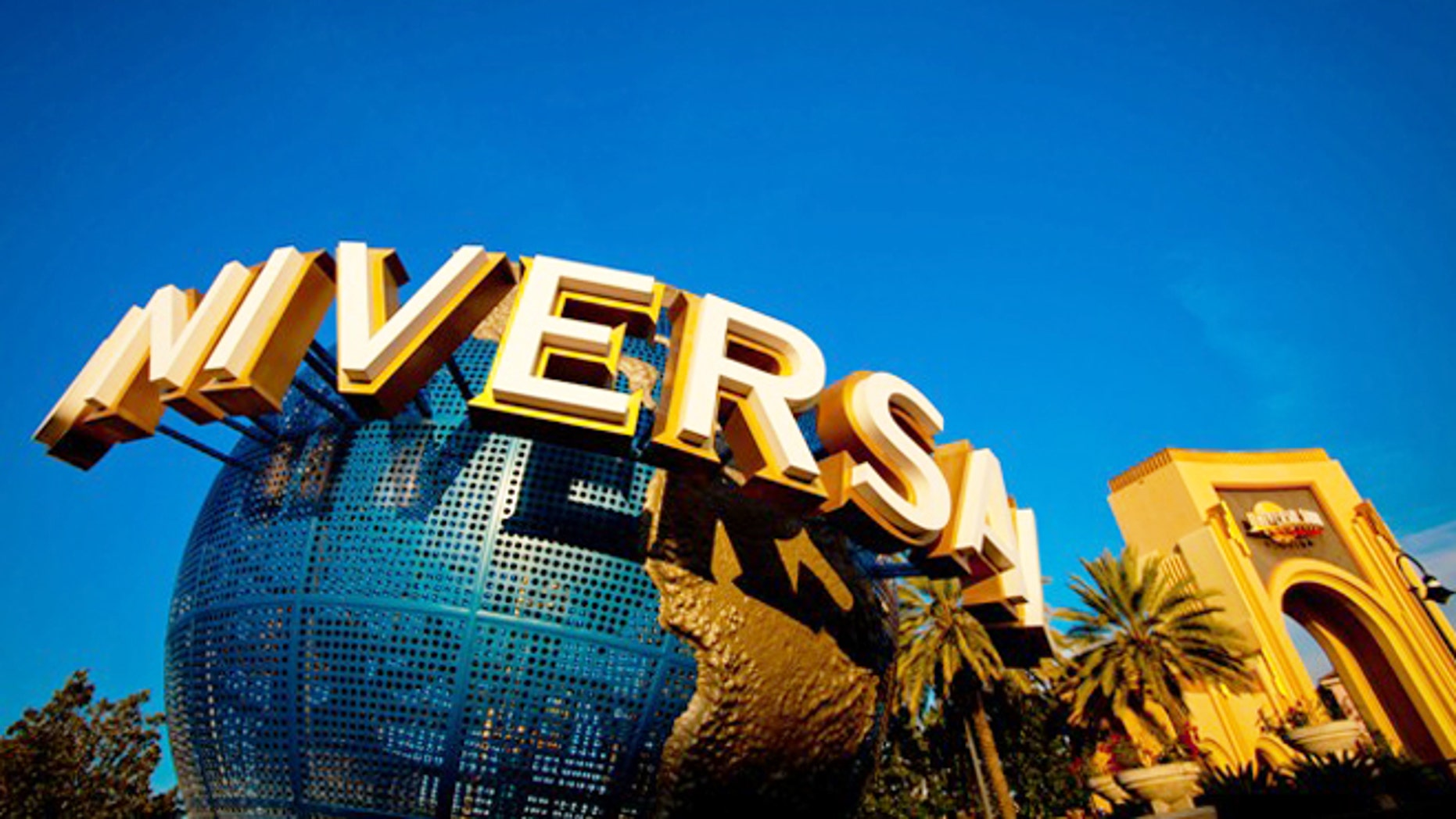 Universal is expanding its theme park empire in China.
