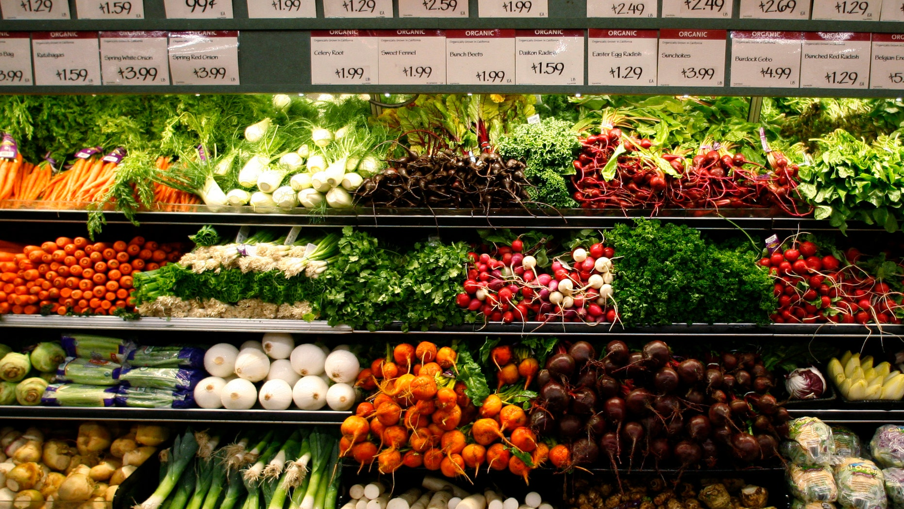 Organic vegetables are shown at a  Whole Foods Market  in LaJolla, California. (REUTERS/Mike Blake/Files)