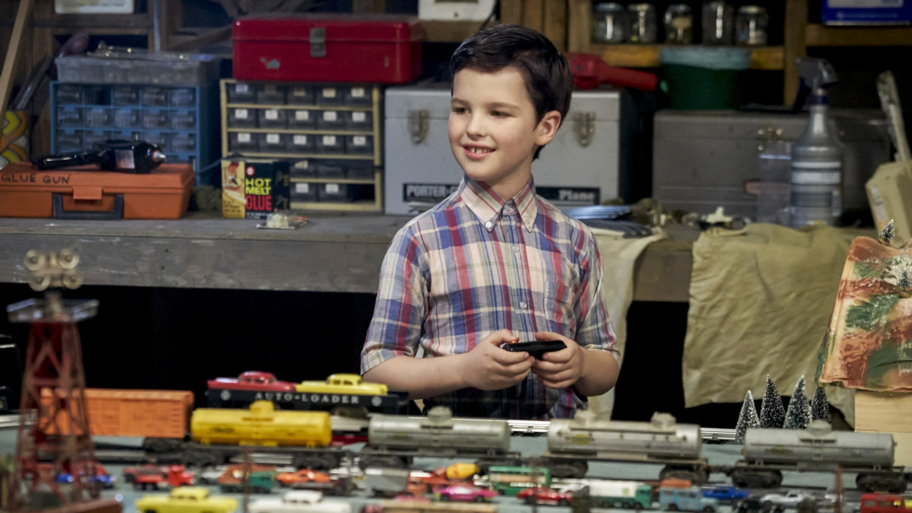 "YOUNG SHELDON is a new half-hour, single-camera comedy created by Chuck Lorre and Steven Molaro, that introduces ""The Big Bang Theory's"" Sheldon Cooper  (Iain Armitage), a 9-year-old genius living with his family in East Texas and going to high school.  YOUNG SHELDON will have a special Monday launch behind the season premiere of THE BIG BANG THEORY on Sept. 25 (8:30-9:00 PM, ET/PT).  On Nov. 2, YOUNG SHELDON will move to its regular time period, Thursdays (8:30-9:00 PM, ET/PT) on the CBS Television Network. Photo: Sonja Flemming/CBS ©2017 CBS Broadcasting, Inc. All Rights Reserved."