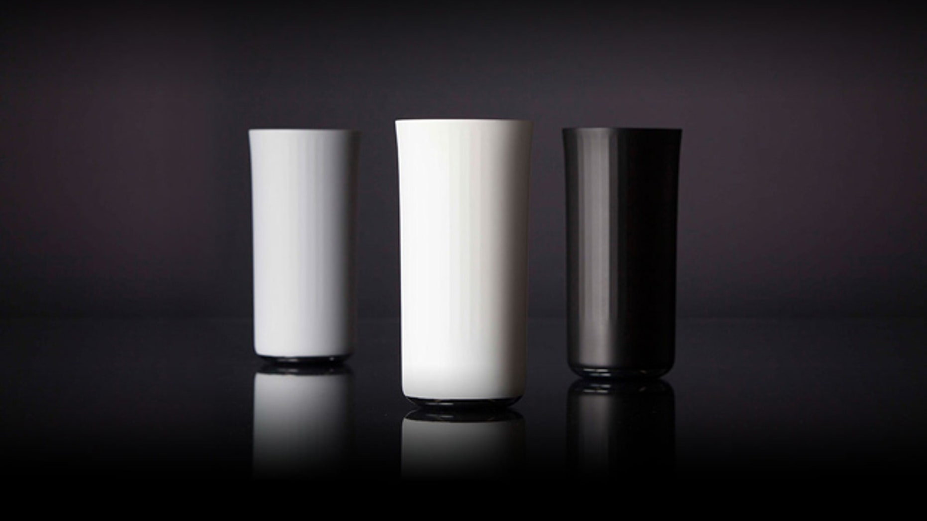 Vessyl smart cup tracks beverage calories as you consume.
