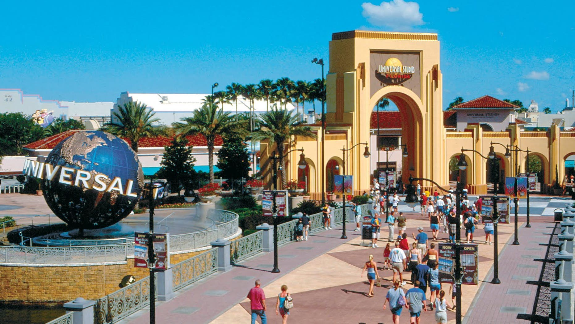 Visitors to Universal Orlando are no longer able to bring in bottled liquids.
