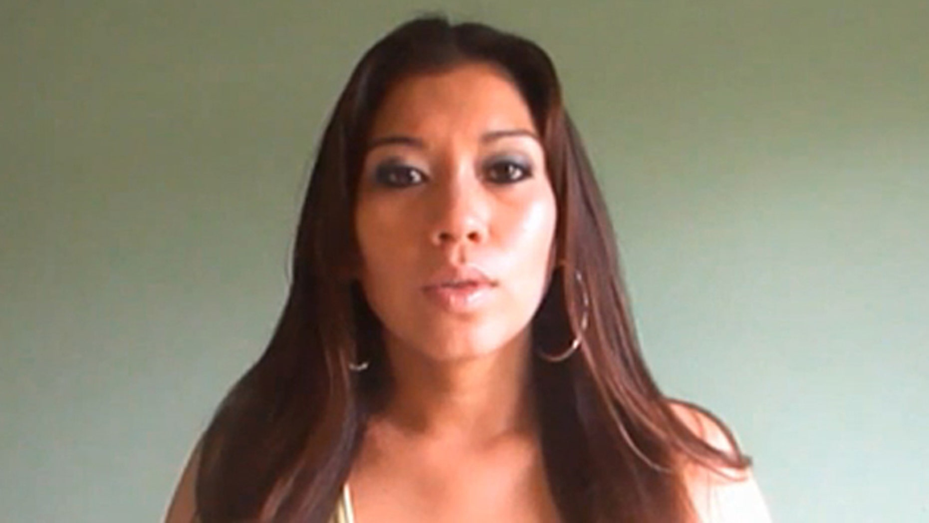 Yuliana Avalos, model