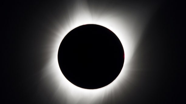 A total solar eclipse is seen above Madras, Oregon, U.S., August 21, 2017.    Courtesy Aubrey Gemignani/NASA/Handout via REUTERS  ATTENTION EDITORS - THIS IMAGE HAS BEEN SUPPLIED BY A THIRD PARTY.  MANDATORY CREDIT     TPX IMAGES OF THE DAY - RTS1CP3P