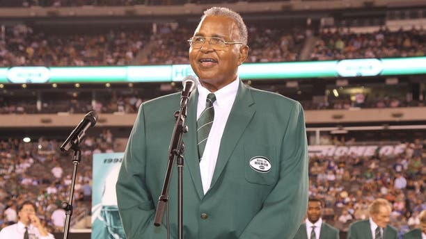 EAST RUTHERFORD, NJ - AUGUST 16: Former Offensive Lineman Winston Hill of the New York Jets is inducted into the team's inaugural edition of the Ring of Honor when the New York Jets host the New York Giants in the first preseason football game at New Meadowlands Stadium on August 16, 2010 in East Rutherford, New Jersey. Giants beat the Jets, 31-16. (Photo by Al Pereira/Getty Images),EAST RUTHERFORD, NJ - AUGUST 16: Former Offensive Lineman Winston Hill of the New York Jets is inducted into the team's inaugural edition of the Ring of Honor when the New York Jets host the New York Giants in the first preseason football game at New Meadowlands Stadium on August 16, 2010 in East Rutherford, New Jersey. Giants beat the Jets, 31-16. (Photo by Al Pereira/Getty Images) *** Local Caption *** Winston Hill