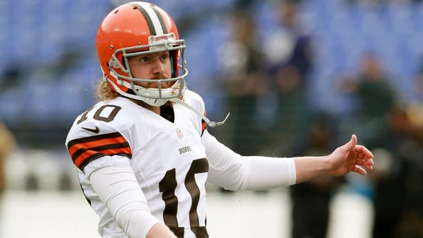 Dec 28, 2014; Baltimore, MD, USA; Cleveland Browns kicker Garrett Hartley (10) before the game against the Baltimore Ravens at M&T Bank Stadium. Mandatory Credit: Mitch Stringer-USA TODAY Sports