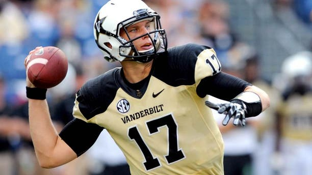Sep 6, 2014; Nashville, TN, USA; Vanderbilt Commodores quarterback Stephen Rivers (17) passes the ball during the second half against the Mississippi Rebels at LP Field. Mississippi won 41-3. Mandatory Credit: Christopher Hanewinckel-USA TODAY Sports
