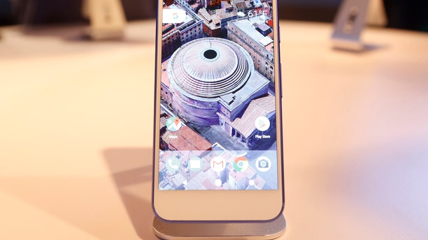 The Google Pixel phone is displayed during the presentation of new Google hardware in San Francisco, California, U.S. October 4, 2016.   REUTERS/Beck Diefenbach/File Photo - RTX2QX2N