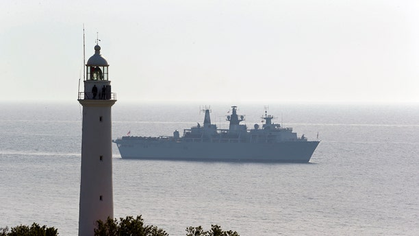 File photo - Royal Navy flagship, the HMS Bulwark, is seen in Dardanelles straits near Gallipoli April 24, 2015.