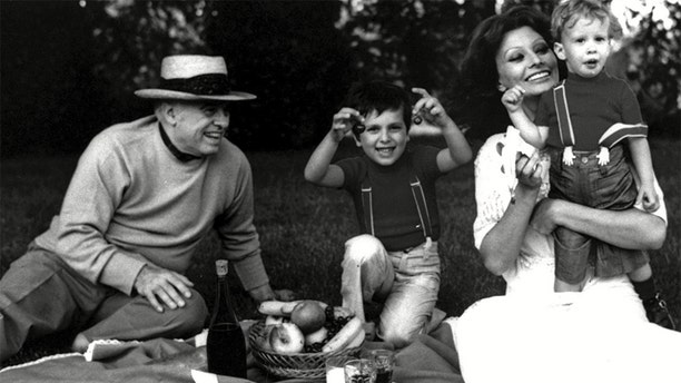 Sophia Loren and her family.