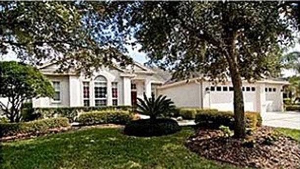 18111 Sugar Brooke Dr, Tampa, FL