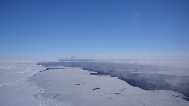 Aerial view of the polynya in the Southern Ocean. (Credit: Jan Lieser, ACE CRC, Australia)