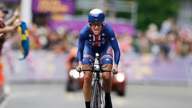 Kristin Armstrong, of the United States,  competes on her way to win the gold medal in the women's individual time trial cycling event at the 2012 Summer Olympics, Wednesday, Aug. 1, 2012, in London. (AP Photo/Sergey Ponomarev)