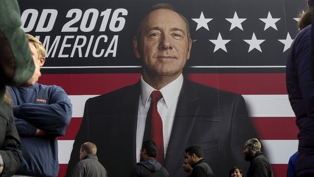 """People line up outside a """"House of Cards"""" guerrilla marketing campaign in Greenville, South Carolina, February 12, 2016. Actor Kevin Spacey plays the role of Frank Underwood in the Netflix series"""