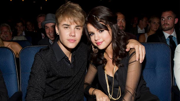Justin Bieber and Selena Gomez attend The 2011 ESPY Awards at Nokia Theatre L.A. Live on July 13, 2011 in Los Angeles, California. (Photo by Christopher Polk/Getty Images for ESPN)