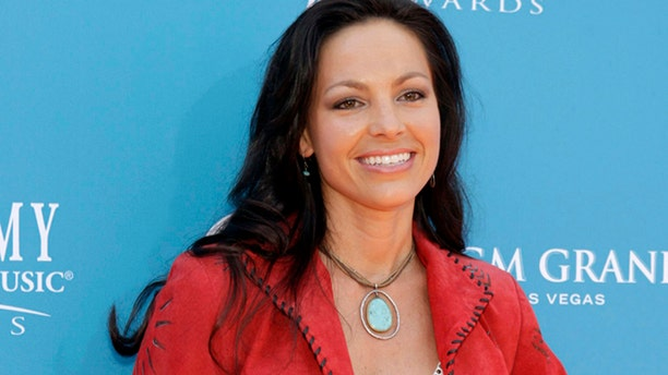 Joey Martin Feek of Joey + Rory arrives at the 45th annual Academy of Country Music Awards in Las Vegas, Nevada April 18, 2010.     (REUTERS/Steve Marcus)