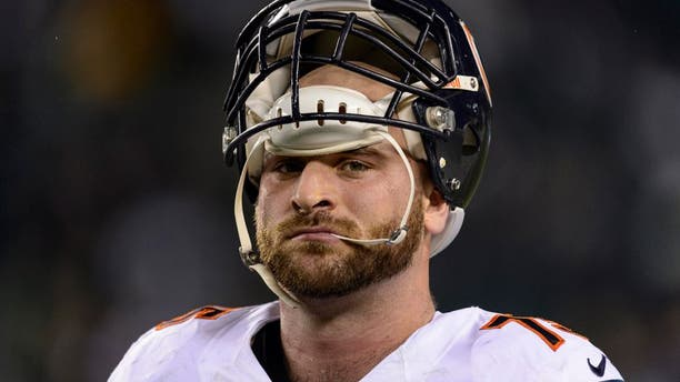 Dec 22, 2013; Philadelphia, PA, USA; Chicago Bears guard Kyle Long (75) along the sidelines prior to playing the Philadelphia Eagles at Lincoln Financial Field. The Eagles defeated the Bears 54-11. Mandatory Credit: Howard Smith-USA TODAY Sports