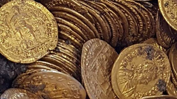 The coins date back to the late Roman Empire (MiBAC)
