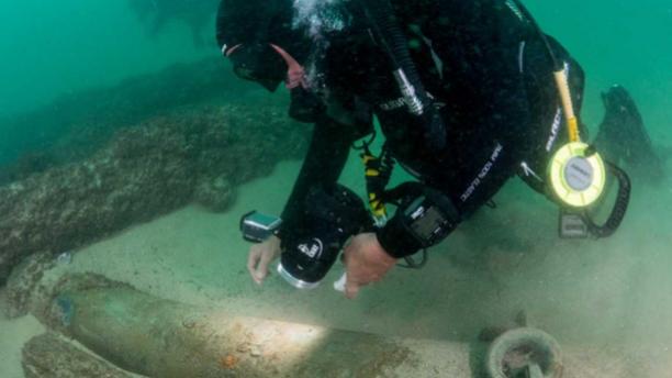 The shipwreck has been hailed as a significant discovery. (Camara Municipal de Cascais)