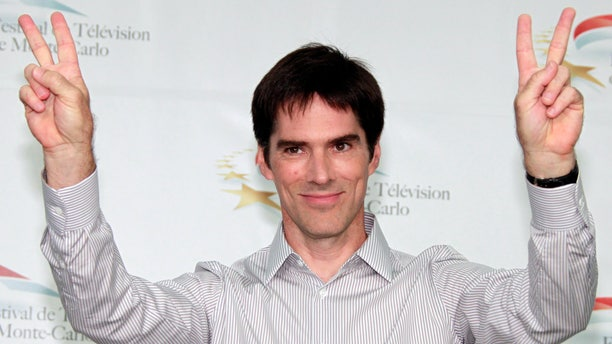Actor Thomas Gibson who stars in the television series 'Criminal Minds' poses during a photocall at the 51st Monte Carlo television festival in Monaco June 8, 2011.   REUTERS/Eric Gaillard (MONACO - Tags: ENTERTAINMENT) - RTR2NG1V