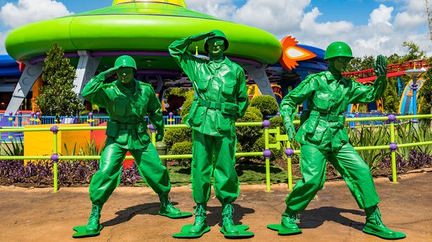 Guests can score excellent photo ops with sculptures of Buzz Lightyear, Green Army Men, and the like.