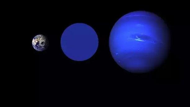 (Credit: NASA Goddard/Robert Simmon (Earth), NASA / JPL (Neptune))
