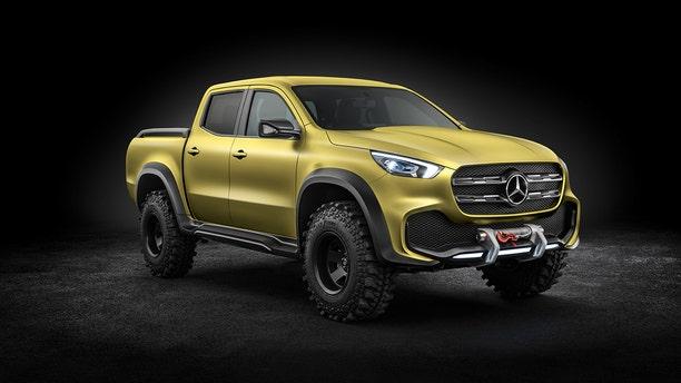 Mercedes-Benz Concept X-CLASS powerful adventurer – Exterieur, Lemonaxmetallic   Mercedes-Benz Concept X-CLASS powerful adventurer – Exterior, Lemonax metallic
