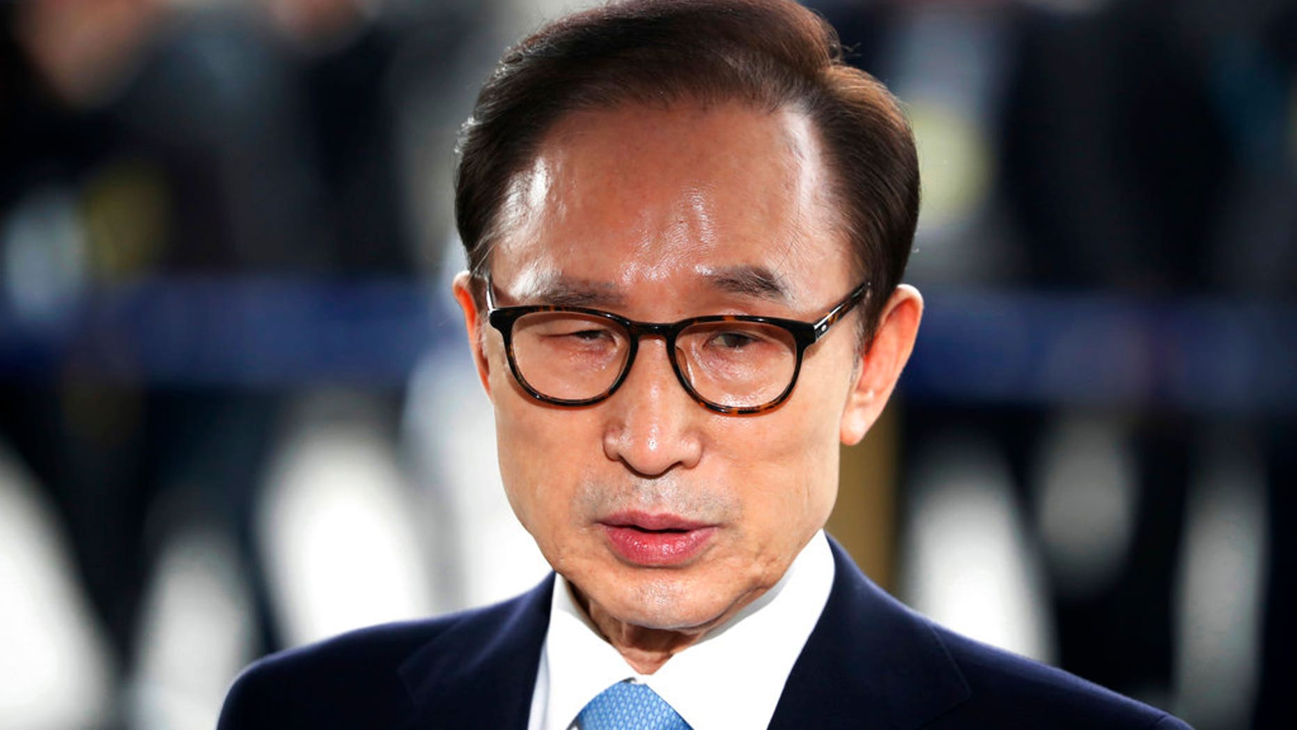 Former South Korean President is imprisoned for 15 years on corruption charges