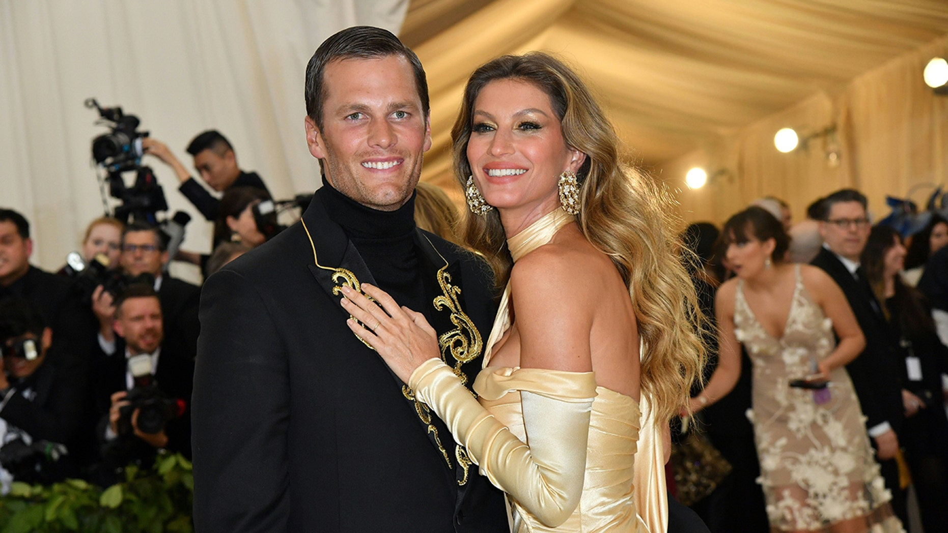 Tom Brady and Gisele Bündchen arrive for the Met 2018 Gala on May 7, 2018 at the Metropolitan Museum of Art in New York.