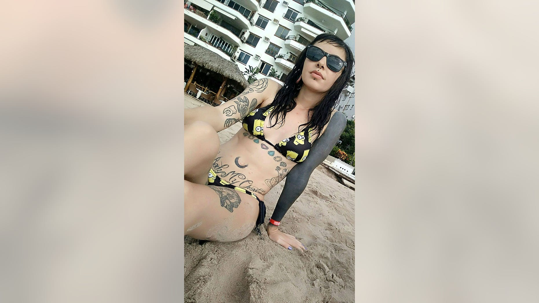 """Paulina Casillas Landeros said she had her belly button removed because her family did not approve of her lifestyle.<br data-cke-eol=""""1"""">"""