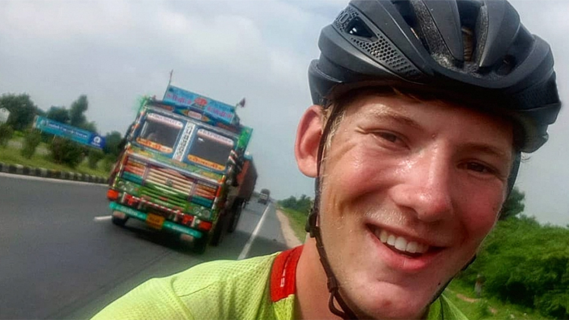 A British teenager said his bike was stolen in Australia as he attempted to cycle around the globe.