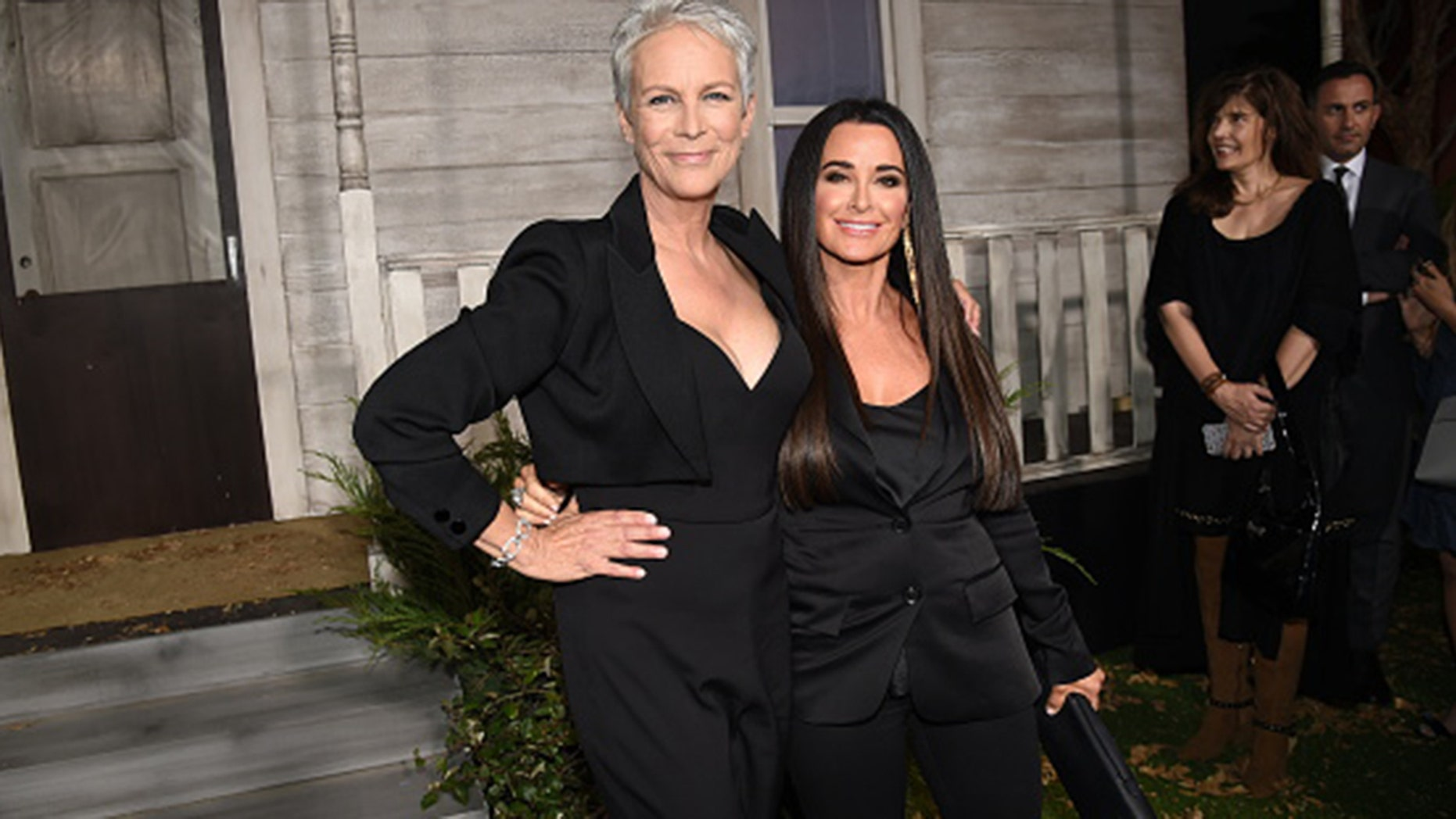 """Jamie Lee Curtis (L) and Kyle Richards attend the Universal Pictures' """"Halloween"""" premiere at TCL Chinese Theatre on October 17, 2018 in Hollywood, California. (Photo by Kevin Winter/Getty Images)"""