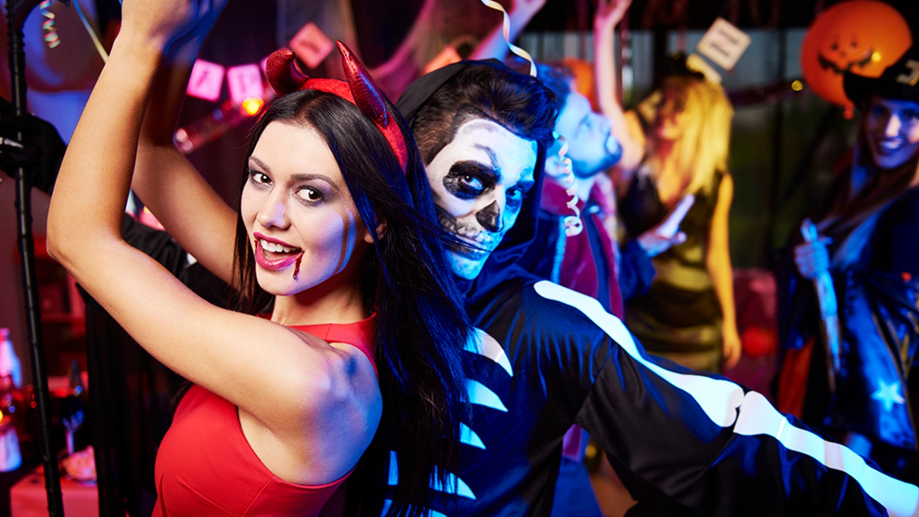 5 halloween costume ideas for couples | fox news