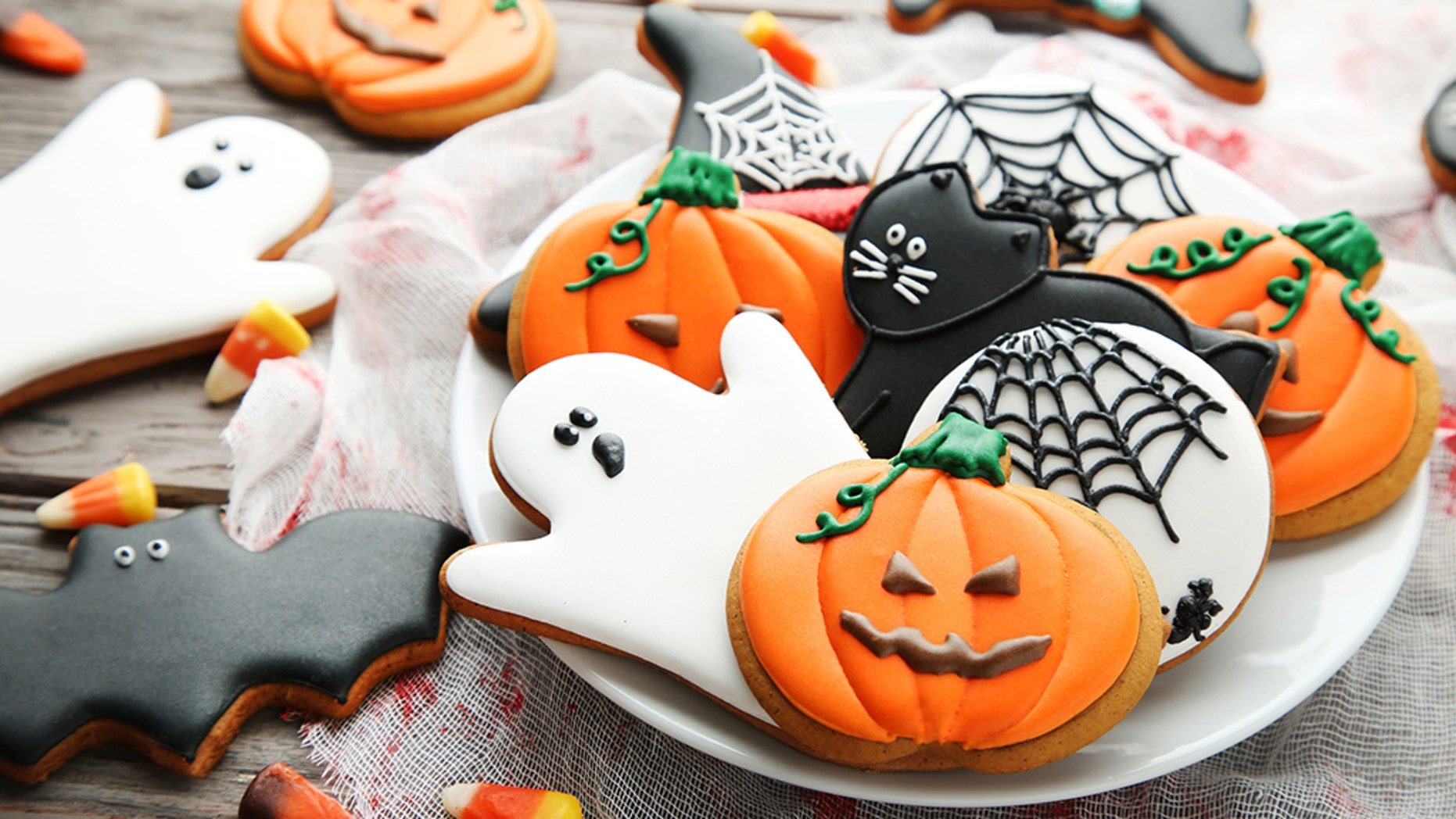 Check out these 5 easy Halloween treats to make.