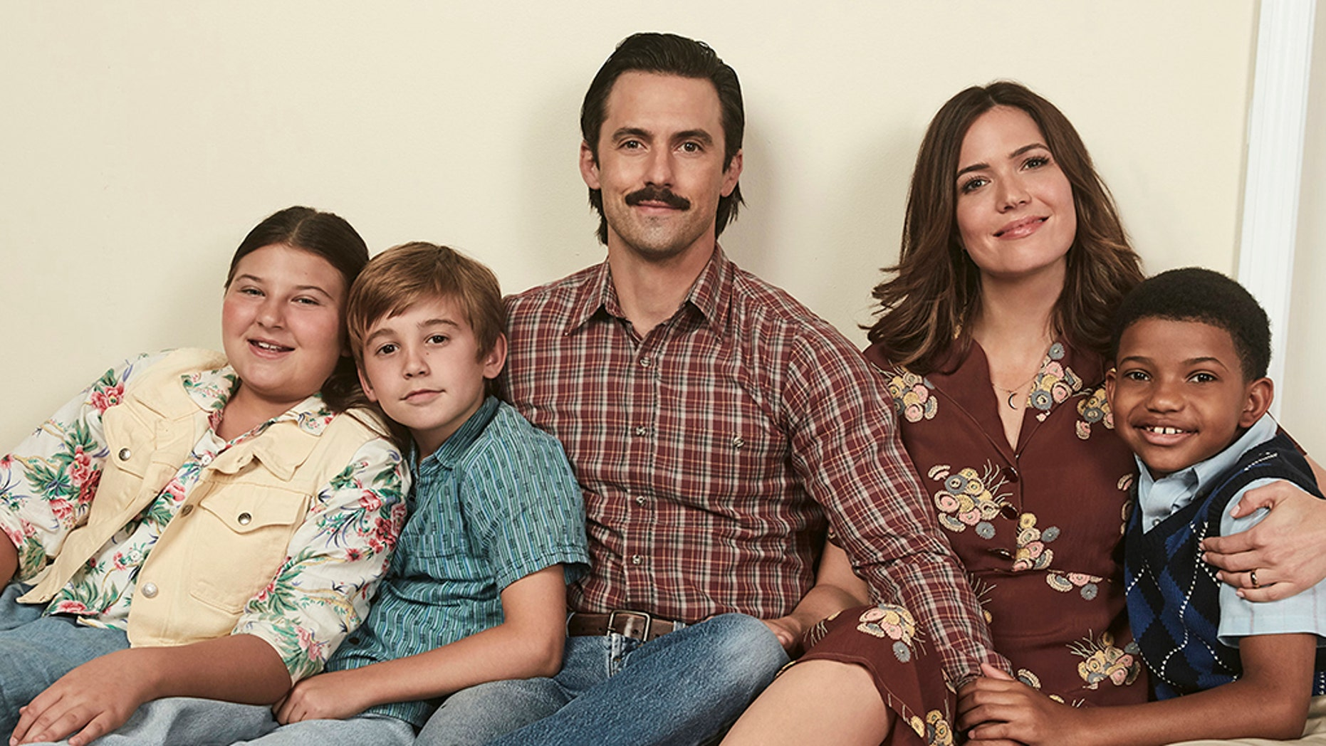 """Milo Ventimiglia and Mandy Moore play Jack and Rebecca Pearson, who are parents to children Randall, Kate and Kevin, on the NBC drama """"This is Us."""""""