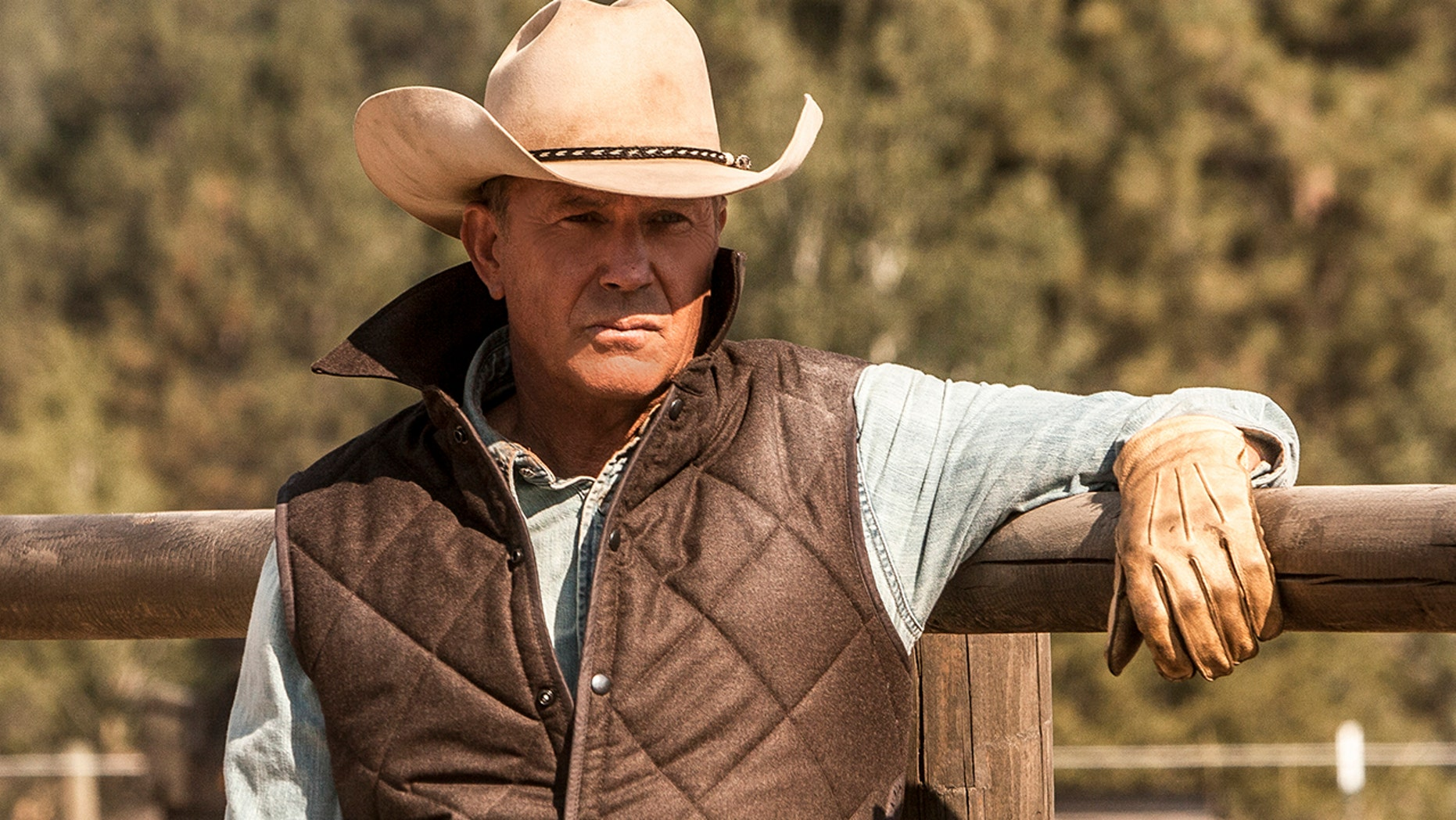 'Yellowstone' starring Kevin Costner has been accused of misusing animal carcasses by PETA.