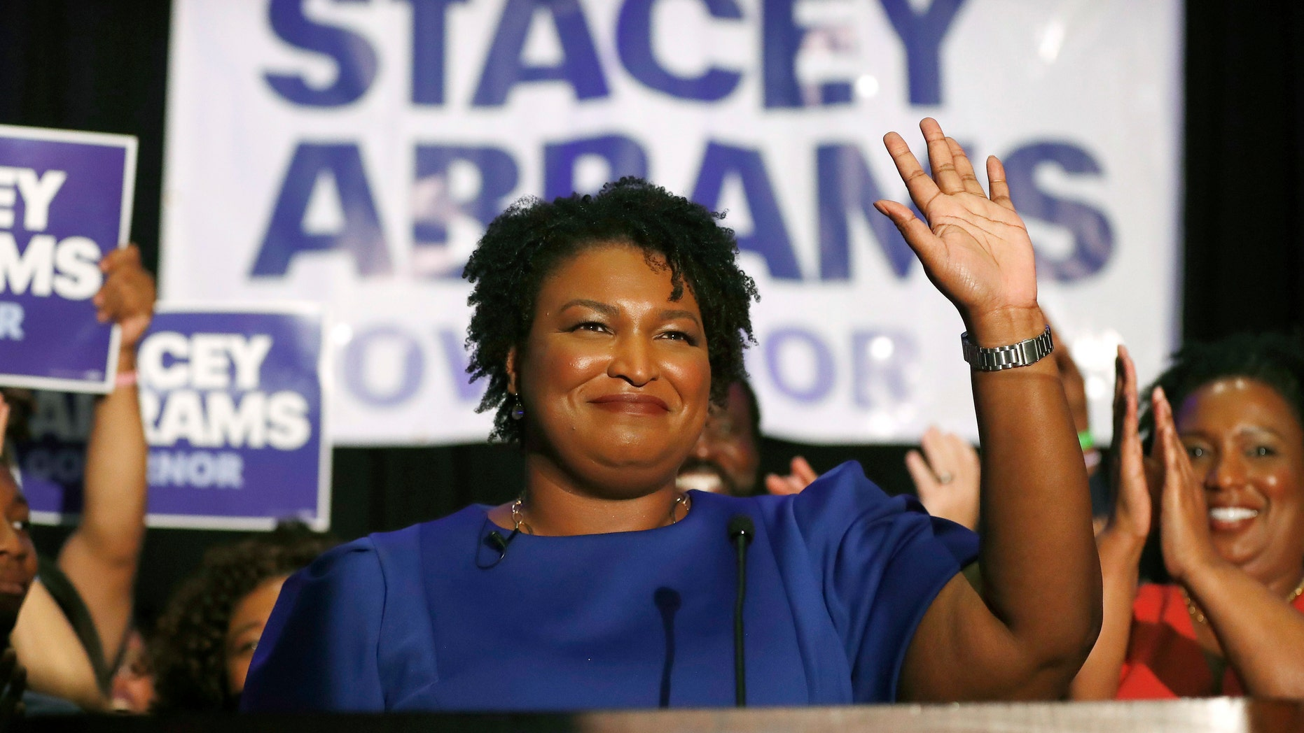 Stacey Abrams Burned Georgia's Flag in 1992 Protest — NY Times