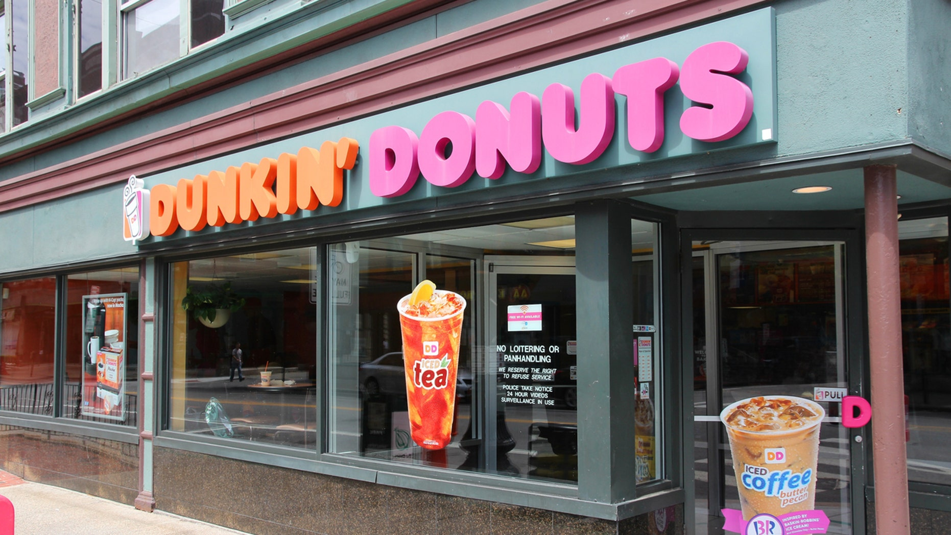 Before Dunkin', and before Dunkin' Donuts, the beloved brand went by a different name.