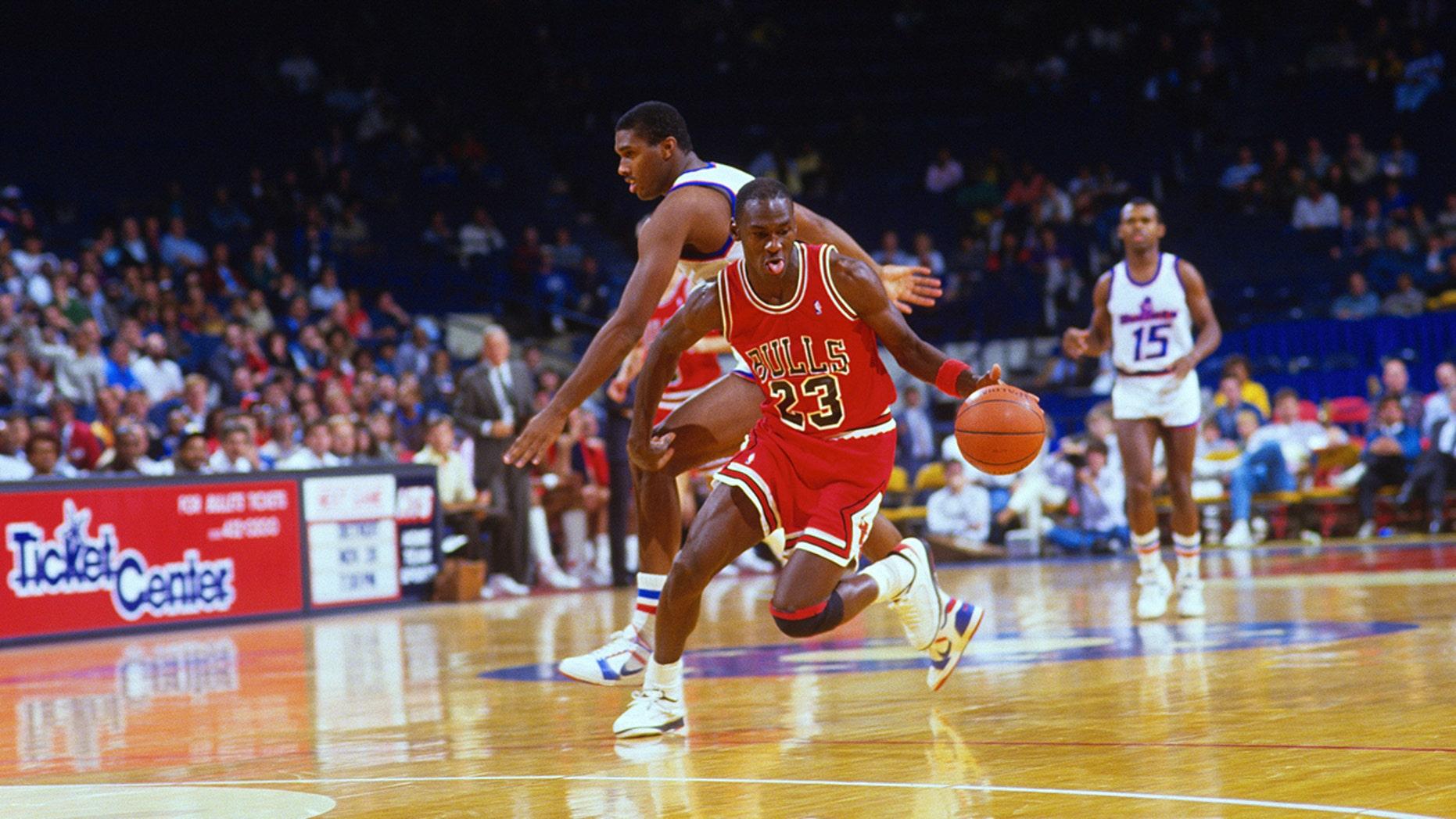83e51c93786 A Michael Jordan fan got his famous number 23 jersey tattooed across his  entire upper body