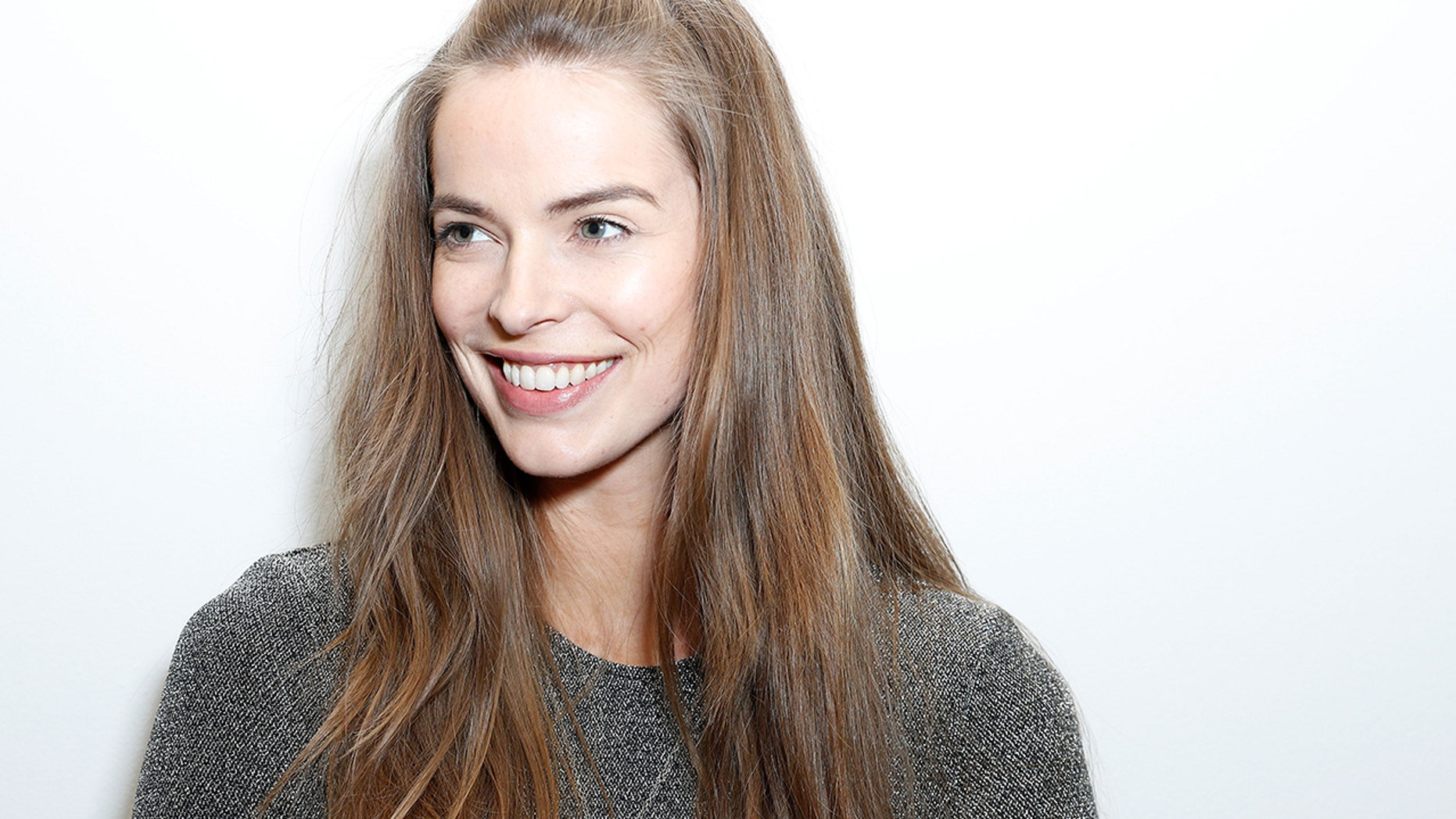 Model Robyn Lawley is calling for a boycott of Victoria's Secret over their lack of model diversity.