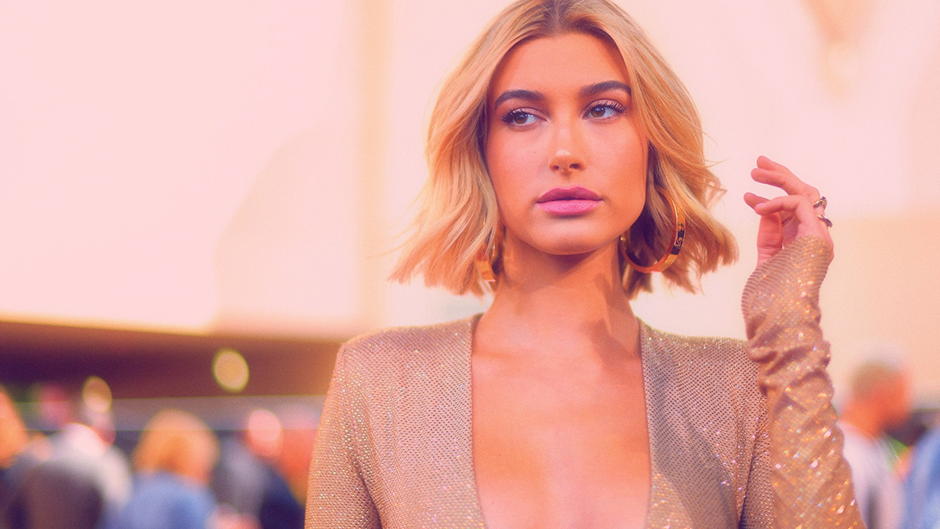 Hailey Baldwin's shares some of her favorite products that assistance her grasp her signature intense skin.