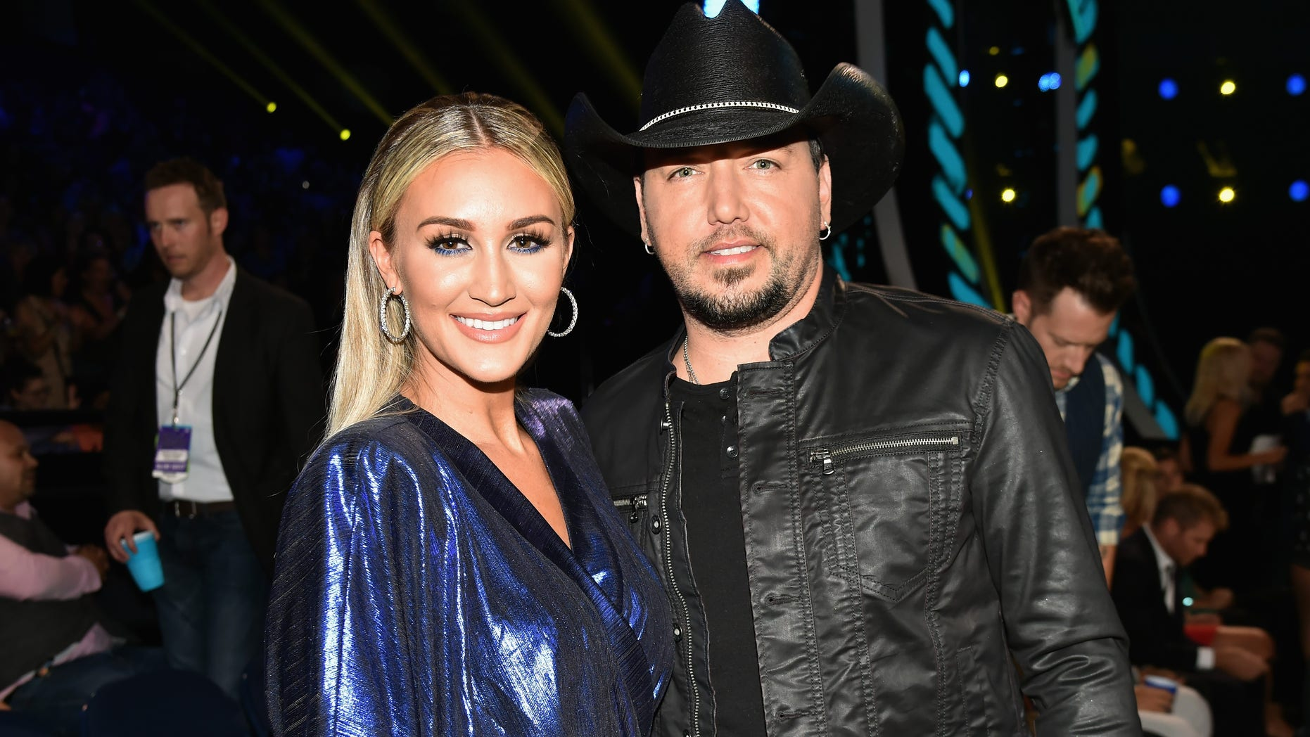 Jason Aldean Wife Brittany Kerr Reveal Daughters Name At Baby