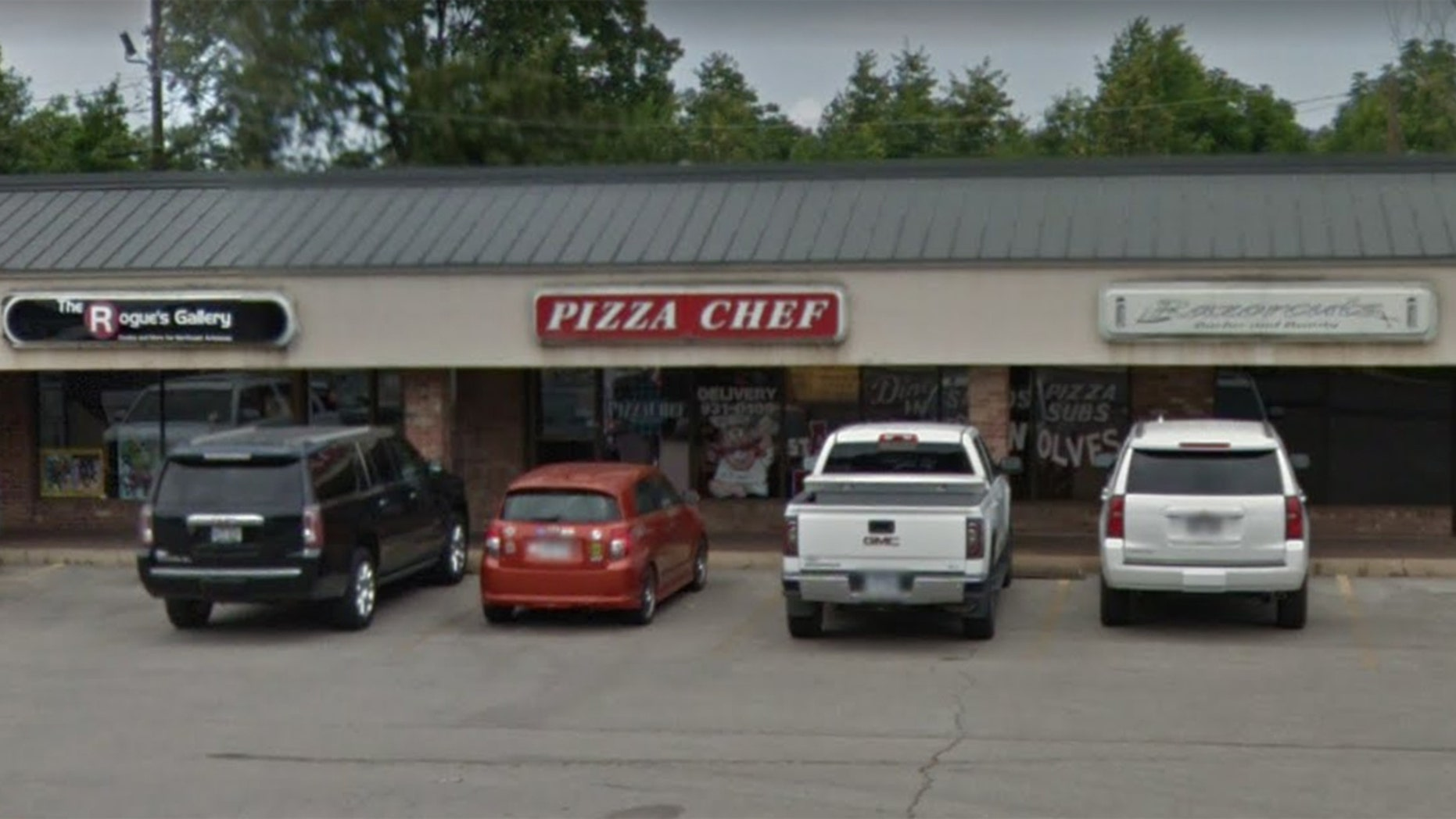 A deer crashed into Pizza Chef grill in Arkansas.