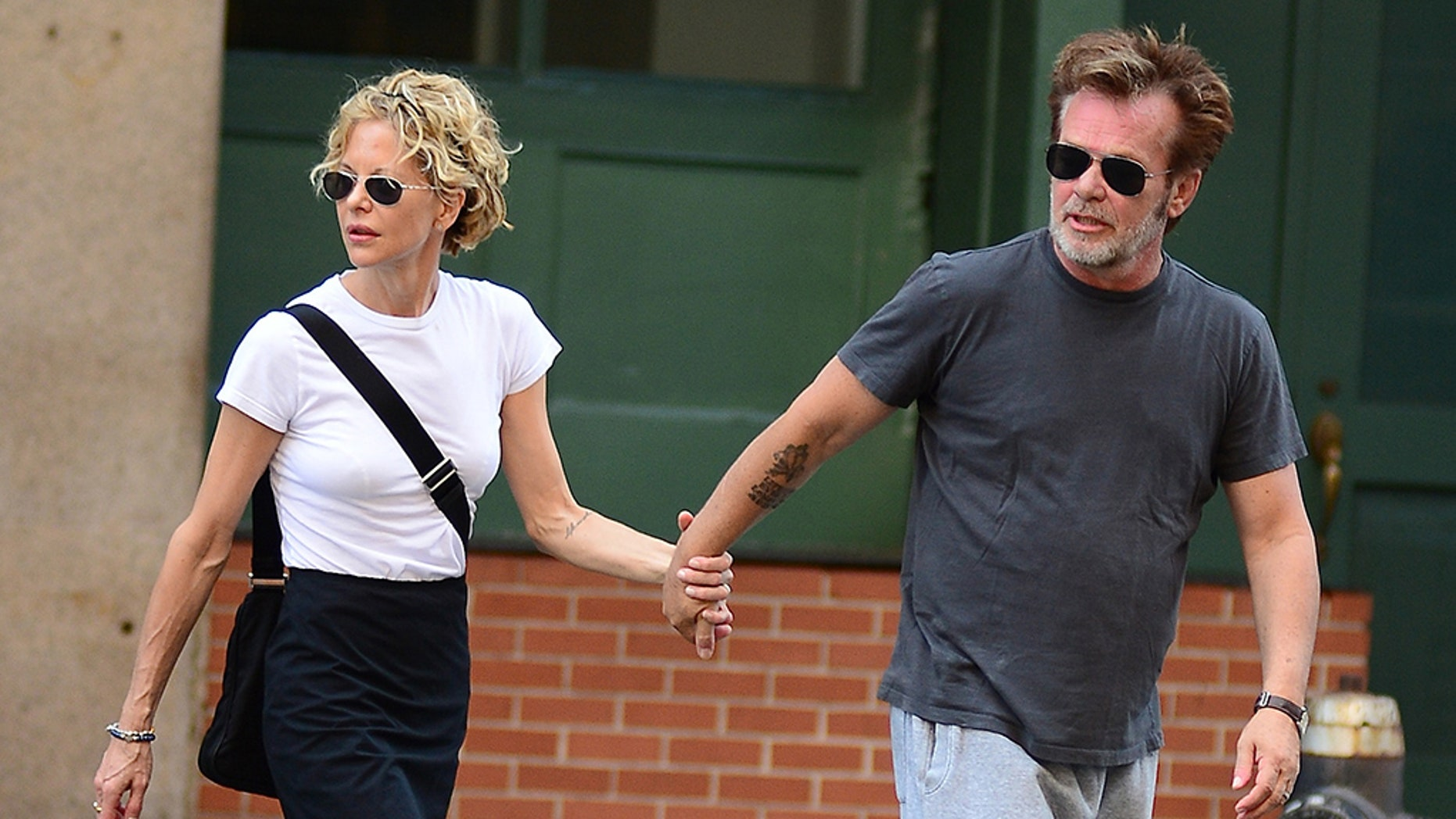 Meg Ryan Announces Engagement to John Mellencamp With Hilarious Drawing