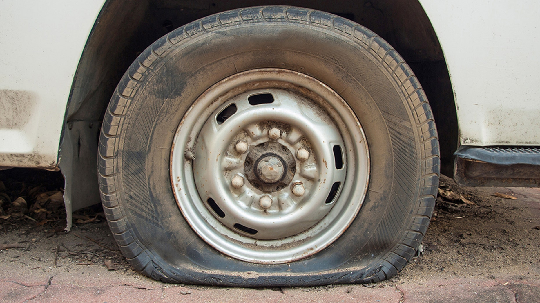 A police chief in Palestine was suspended for helping a group of Israeli soldiers change a flat tire. (istock)