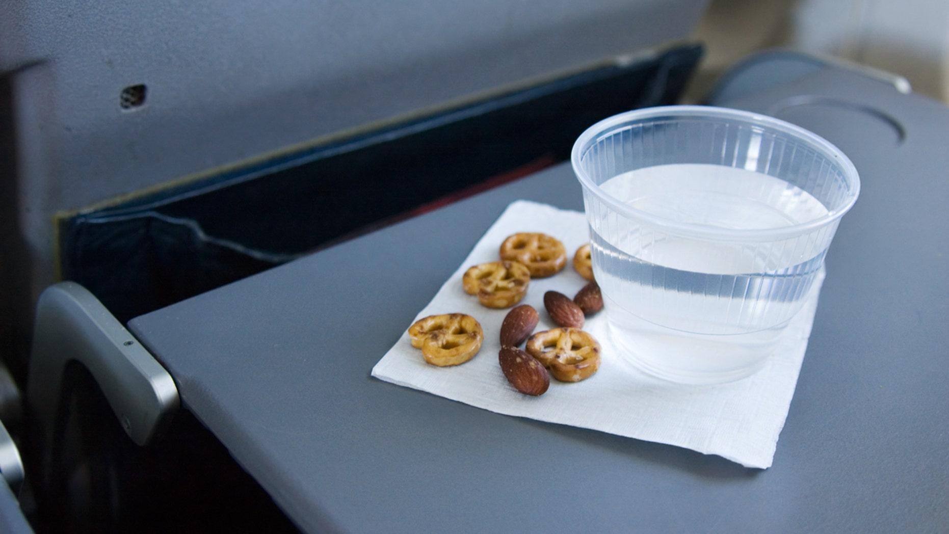 Passenger Recounts Traumatizing Nut Allergy From Flight